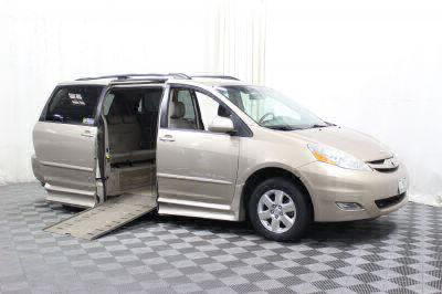 Used Wheelchair Van for Sale - 2007 Toyota Sienna XLE Wheelchair Accessible Van VIN: 5TDZK22C77S052138