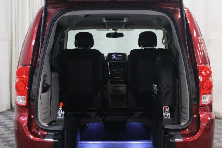 2014 Dodge Grand Caravan SE Wheelchair Van For Sale #3
