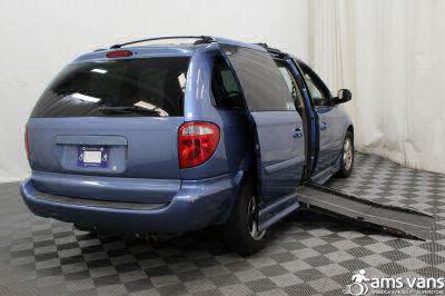 2007 Dodge Grand Caravan Wheelchair Van For Sale -- Thumb #3