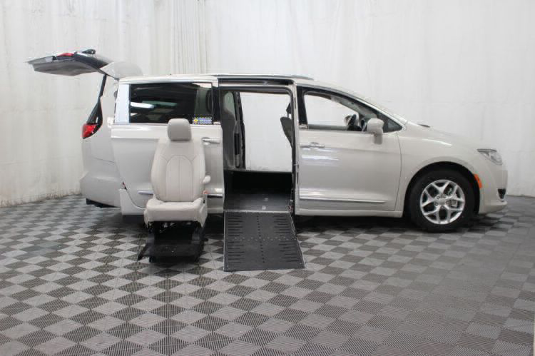 2017 Chrysler Pacifica Touring-L Plus Wheelchair Van For Sale #12