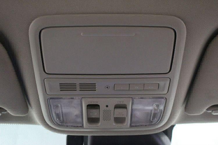 2014 Honda Odyssey Touring Elite Wheelchair Van For Sale #25