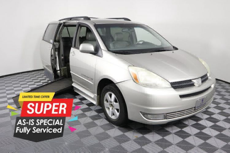 2004 Toyota Sienna XLE Wheelchair Van For Sale #1