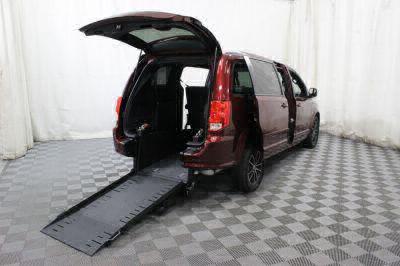 Commercial Wheelchair Vans for Sale - 2017 Dodge Grand Caravan GT ADA Compliant Vehicle VIN: 2C4RDGEG4HR786798