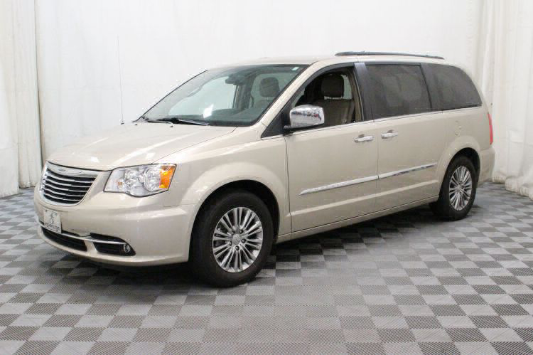 2014 Chrysler Town and Country Touring-L Wheelchair Van For Sale #6