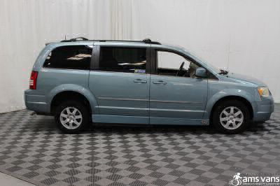 2010 Chrysler Town and Country Wheelchair Van For Sale -- Thumb #12