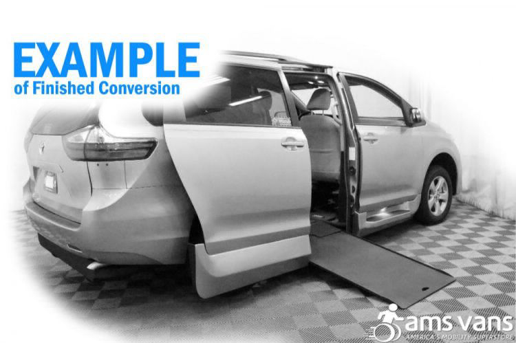 2019 Toyota Sienna XLE Wheelchair Van For Sale #10