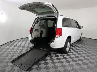 Commercial Wheelchair Vans for Sale - 2018 Dodge Grand Caravan SXT ADA Compliant Vehicle VIN: 2C4RDGCG0JR249774