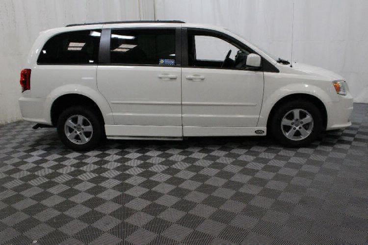 2013 Dodge Grand Caravan SXT Wheelchair Van For Sale #8