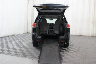 Commercial Wheelchair Vans for Sale - 2014 Toyota Sienna LE ADA Compliant Vehicle VIN: 5TDKK3DC4ES479116