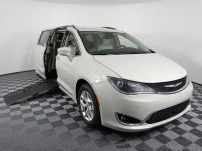 Used Wheelchair Van for Sale - 2017 Chrysler Pacifica Touring-L Plus Wheelchair Accessible Van VIN: 2C4RC1EG5HR752420