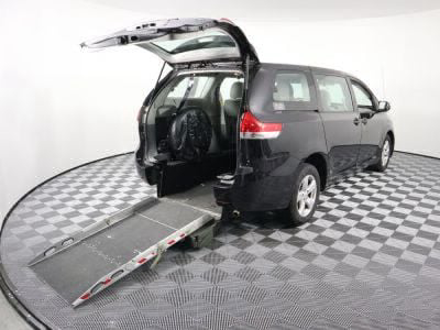 Used Wheelchair Van for Sale - 2014 Toyota Sienna L Wheelchair Accessible Van VIN: 5TDZK3DC9ES426619