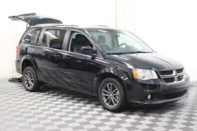 Commercial Wheelchair Vans for Sale - 2017 Dodge Grand Caravan SXT ADA Compliant Vehicle VIN: 2C4RDGCG2HR674570