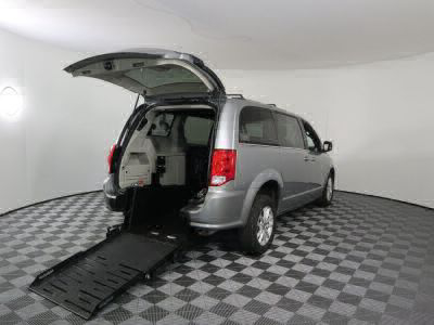 Commercial Wheelchair Vans for Sale - 2018 Dodge Grand Caravan SXT ADA Compliant Vehicle VIN: 2C4RDGCG0JR364861