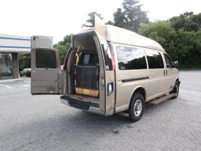 Used Wheelchair Van for Sale - 2007 Chevrolet Express Passenger LS 3500 Wheelchair Accessible Van VIN: 1GNHG35U071180197