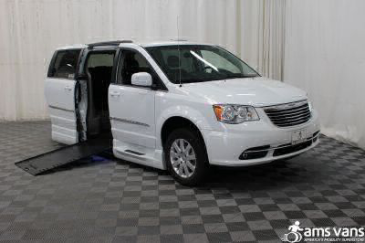 Used Wheelchair Van for Sale - 2014 Chrysler Town & Country Touring Wheelchair Accessible Van VIN: 2C4RC1BG7ER399307