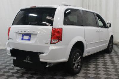 2017 Dodge Grand Caravan Wheelchair Van For Sale -- Thumb #29