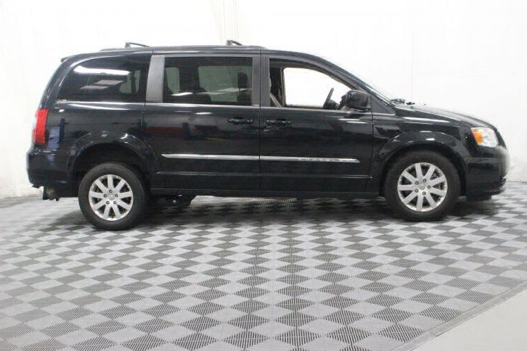 2014 Chrysler Town and Country Touring Wheelchair Van For Sale #7