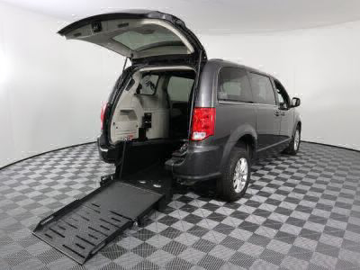 Commercial Wheelchair Vans for Sale - 2019 Dodge Grand Caravan SXT ADA Compliant Vehicle VIN: 2C4RDGCG6KR580585