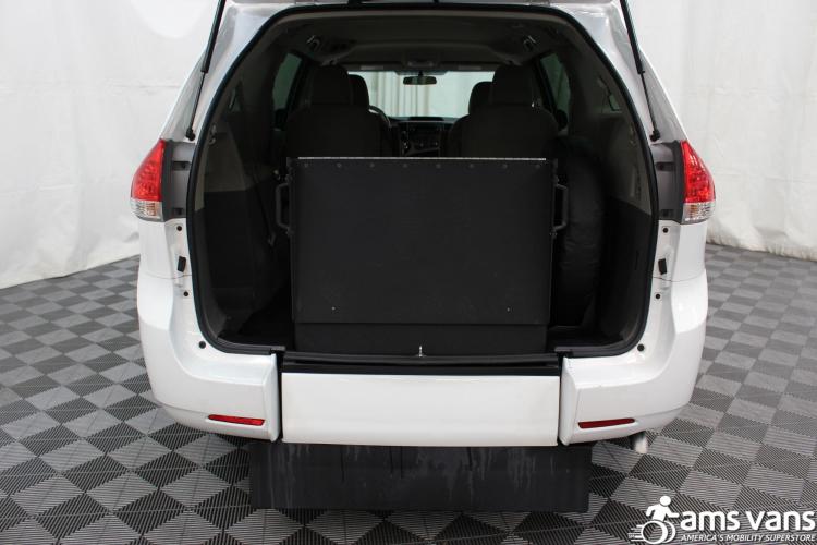 2013 Toyota Sienna L Wheelchair Van For Sale #6