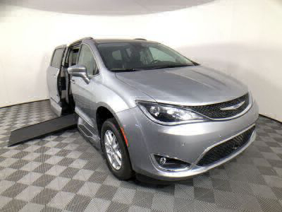 New Wheelchair Van for Sale - 2020 Chrysler Pacifica Touring-L Wheelchair Accessible Van VIN: 2C4RC1BG6LR196129
