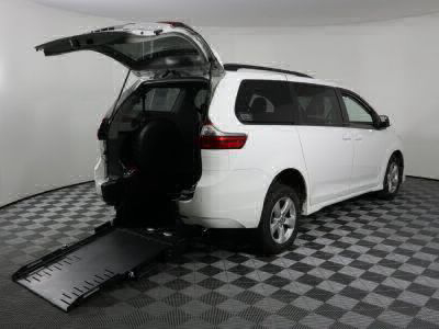 Handicap Van for Sale - 2020 Toyota Sienna LE Wheelchair Accessible Van VIN: 5TDKZ3DC4LS054956