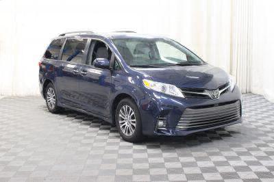 Commercial Wheelchair Vans for Sale - 2018 Toyota Sienna XLE ADA Compliant Vehicle VIN: 5TDYZ3DC8JS916566