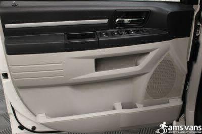 2008 Dodge Grand Caravan Wheelchair Van For Sale -- Thumb #21