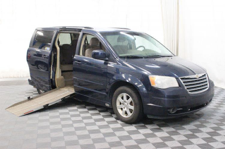 2008 Chrysler Town and Country Touring Wheelchair Van For Sale #1