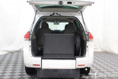 2013 Toyota Sienna Wheelchair Van For Sale -- Thumb #5