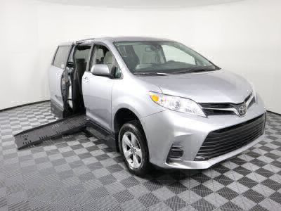Handicap Van for Sale - 2018 Toyota Sienna LE Standard Wheelchair Accessible Van VIN: 5TDKZ3DC5JS911220
