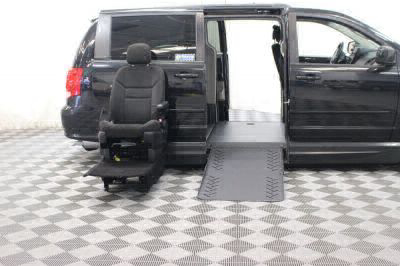 2016 Dodge Grand Caravan Wheelchair Van For Sale -- Thumb #12