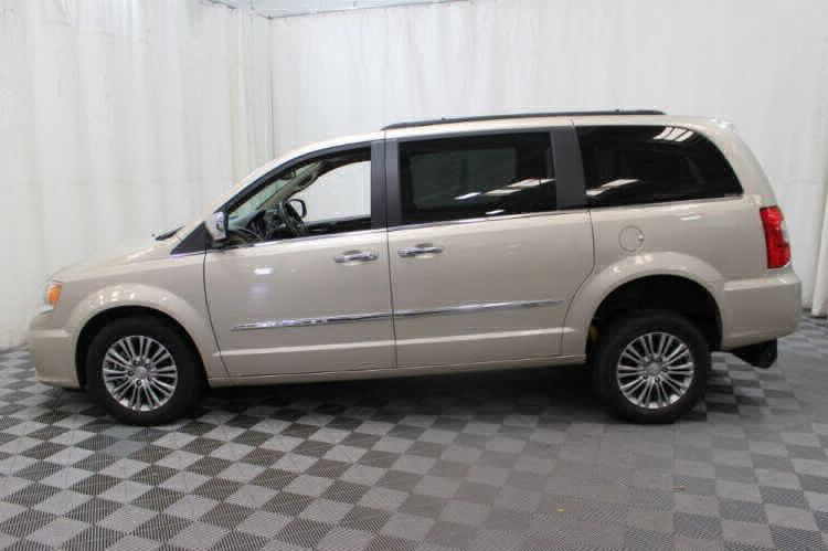 2014 Chrysler Town and Country Touring-L Wheelchair Van For Sale #32