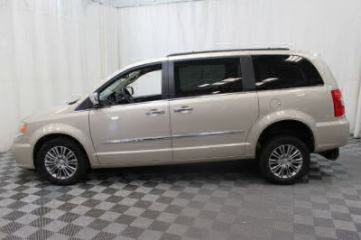 2014 Chrysler Town and Country Wheelchair Van For Sale -- Thumb #32