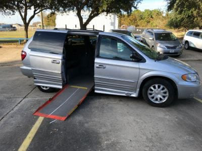 Used Wheelchair Van for Sale - 2003 Chrysler Town & Country LXi Wheelchair Accessible Van VIN: 2C8GP54L63R381471