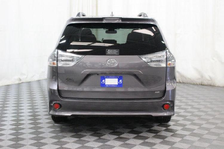 2018 Toyota Sienna SE Wheelchair Van For Sale #5
