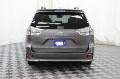 2018 Toyota Sienna Wheelchair Van For Sale -- Thumb #5
