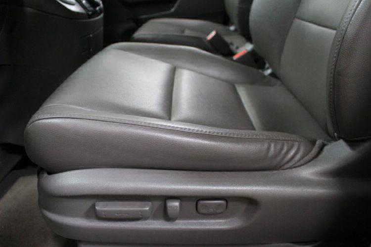 2014 Honda Odyssey EX-L Wheelchair Van For Sale #13
