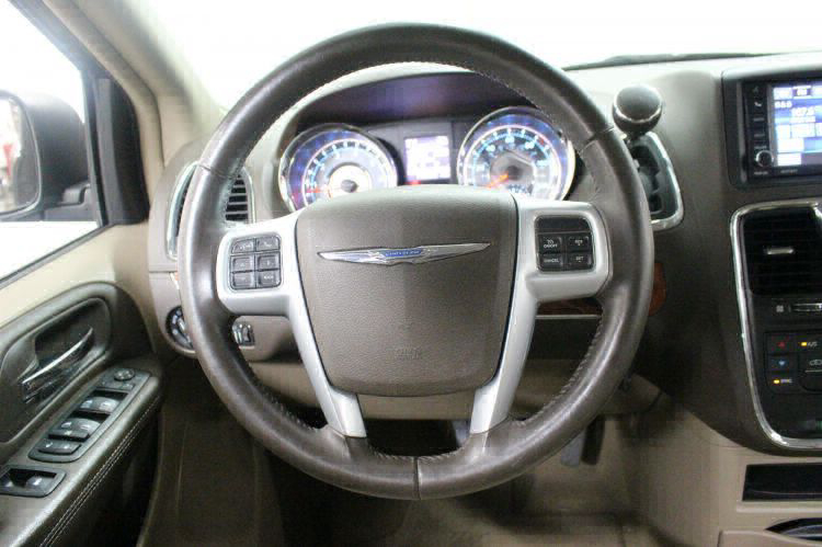 2014 Chrysler Town and Country Touring Wheelchair Van For Sale #16
