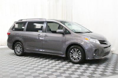 New 2018 Toyota Sienna XLE Wheelchair Van