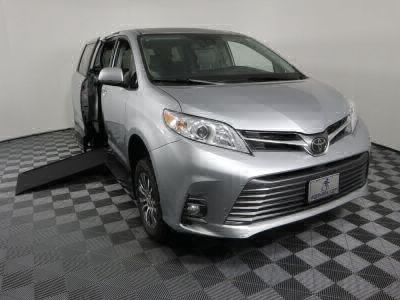 Commercial Wheelchair Vans for Sale - 2020 Toyota Sienna XLE ADA Compliant Vehicle VIN: 5TDYZ3DC5LS022401