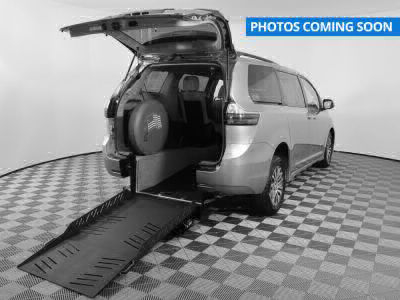 New Wheelchair Van for Sale - 2019 Toyota Sienna LE Wheelchair Accessible Van VIN: 5TDKZ3DC5KS006168