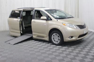 Used Wheelchair Van for Sale - 2014 Toyota Sienna XLE Wheelchair Accessible Van VIN: 5TDYK3DC4ES440536