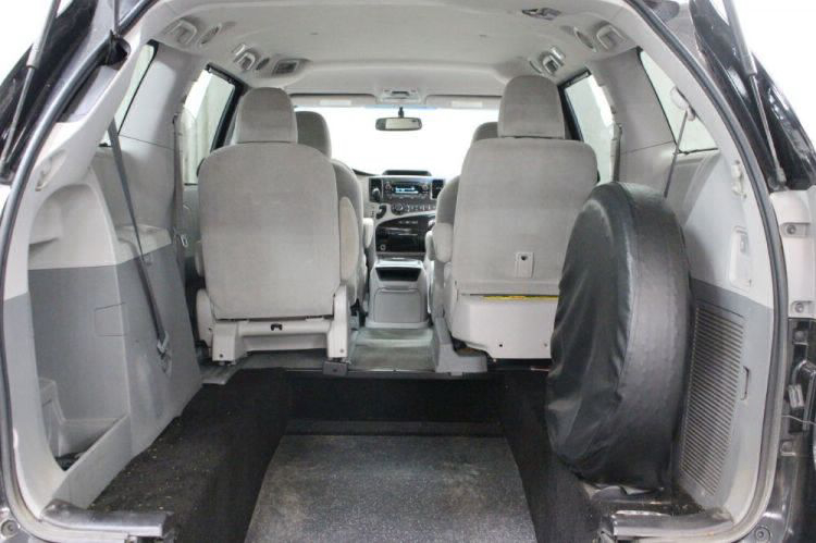 2014 Toyota Sienna LE Wheelchair Van For Sale #13
