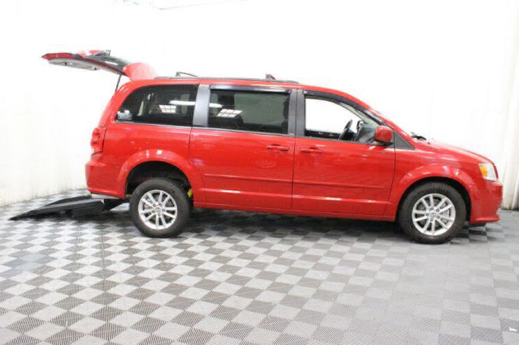 2014 Dodge Grand Caravan SXT Wheelchair Van For Sale #11