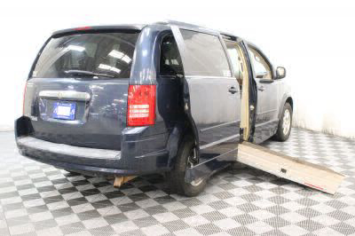 2008 Chrysler Town and Country Wheelchair Van For Sale -- Thumb #4