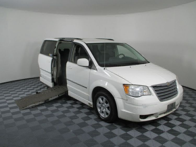 2010 Chrysler Town and Country Touring Wheelchair Van For Sale #1