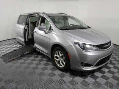 Used Wheelchair Van for Sale - 2017 Chrysler Pacifica Touring-L Plus Wheelchair Accessible Van VIN: 2C4RC1EG0HR756813