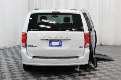 2017 Dodge Grand Caravan Wheelchair Van For Sale -- Thumb #4