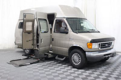 Used 2007 Ford E-Series Chassis E-350 SD Wheelchair Van