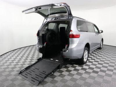 New Wheelchair Van for Sale - 2018 Toyota Sienna LE 8-Passenger Wheelchair Accessible Van VIN: 5TDKZ3DC7JS910263